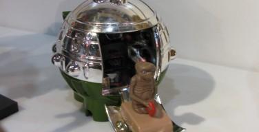 Toy Fair 2012 – Neca – ET